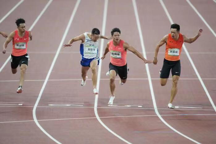 苏炳添9秒95夺得个人首块全运会金牌!-第2张图片-96试玩网